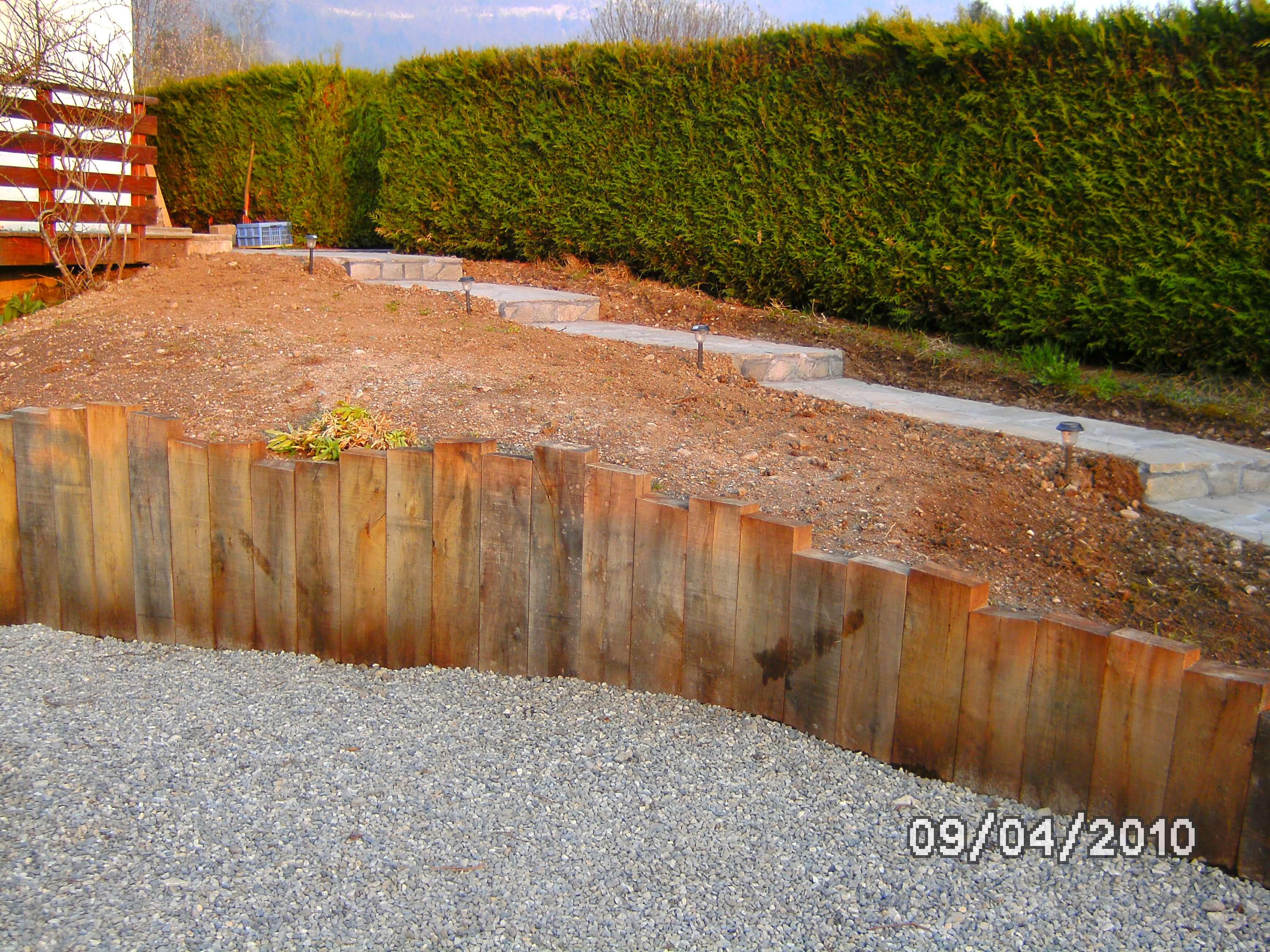 Mur soutenement bois for Soutenement bois autoclave